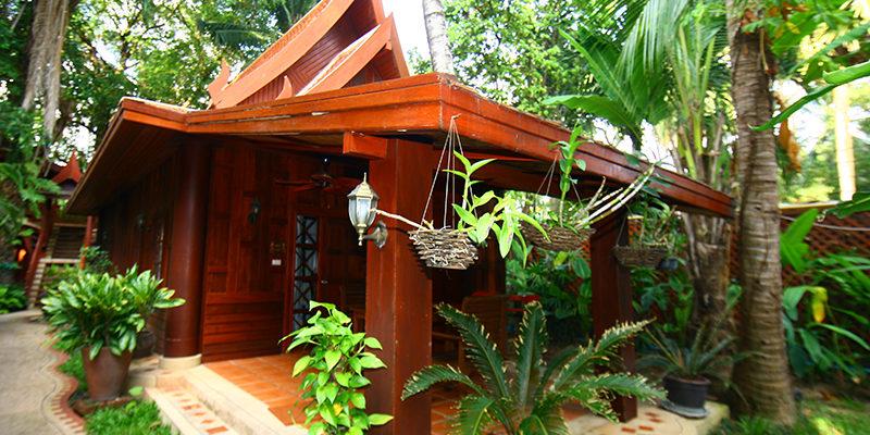 royal_phawadee_village_pavilion4