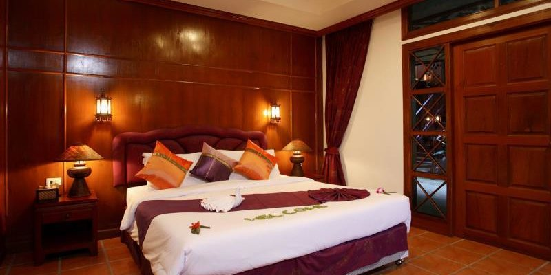 royal_phawadee_village_room_enterior07